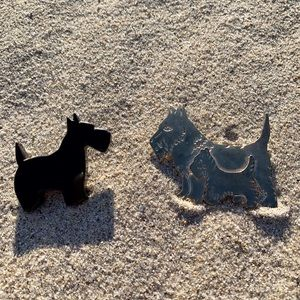 Vintage 1960s Scottie Dog Brooch Pin Set